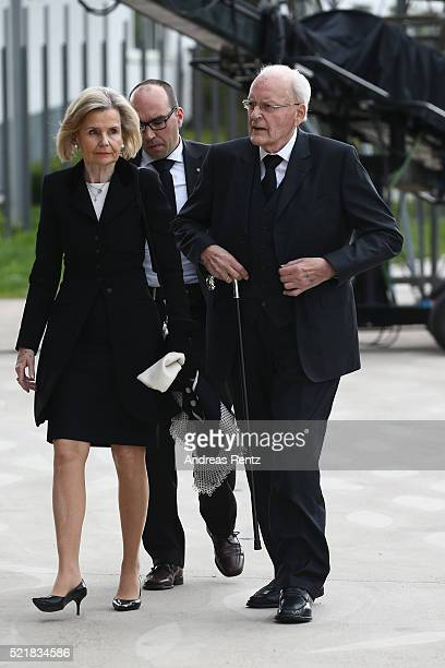 Roman Herzog and his wife arrive for the state memorial ceremony to honor HansDietrich Genscher on April 17 2016 in Bonn Germany Genscher a member of...