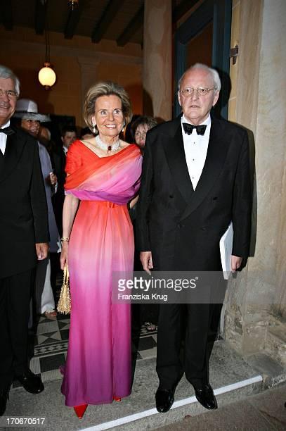 Roman Herzog Und Ehefrau Alexandra Freifrau Von Berlichingen Bei Der Eröffnung Der Bayreuther Festspiele Am 250706 In Bayreuth
