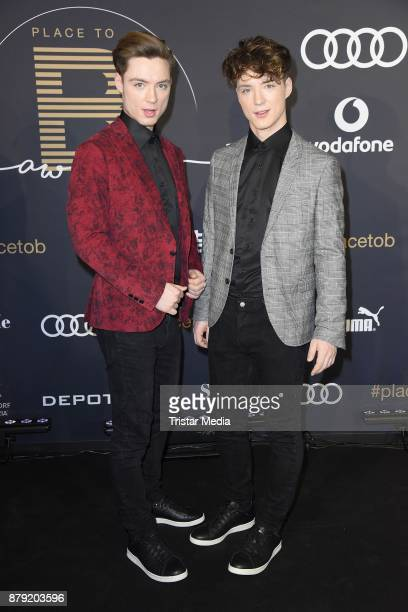 Roman Lochmann and Heiko Lochmann of Die Lochis attend the Place To B Influencer Award at Axel Springer Haus on November 25 2017 in Berlin Germany