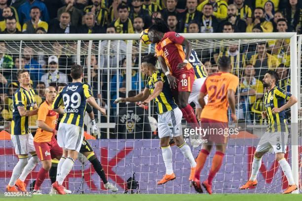 Roman Neustädter of Fenerbahce SK Sofiane Feghouli of Galatasaray SK goalkeeper Volkan Demirel of Fenerbahce SK Roberto Soldado of Fenerbahce SK...