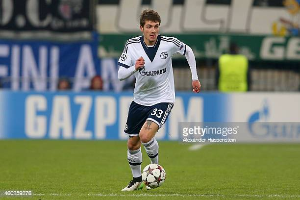 Roman Neustädter of Schalke runs with the ball during the UEFA Group G Champions League match between NK Maribor and FC Schalke 04 at Ljudski vrt...