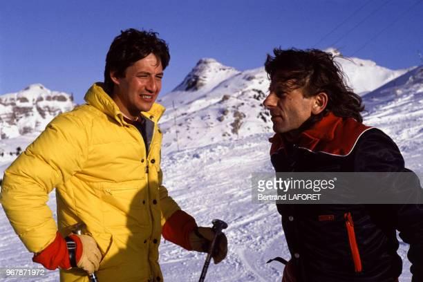 Roman Polanski et Patrick Sabatier font du ski le 17 janvier 1983 à Avoriaz France