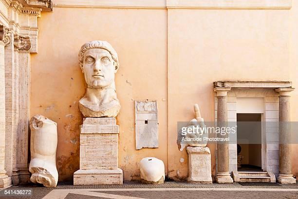 roman sculpture at musei capitolini - musei capitolini foto e immagini stock