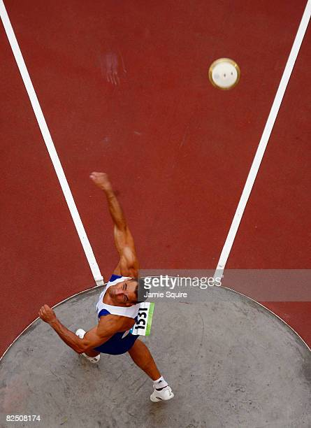 Roman Sebrle of Czech Republic competes in the Discus Throw of the Men's Decathlon at the National Stadium on Day 14 of the Beijing 2008 Olympic...