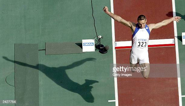 Roman Sebrle of Czech Republic leaps during the long jump in the men's decathlon during the 9th World Athletics Championships at the Stade de France...