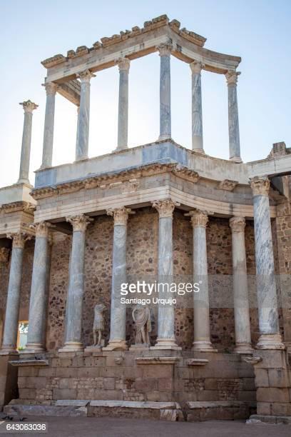 roman theater of merida - extremadura fotografías e imágenes de stock