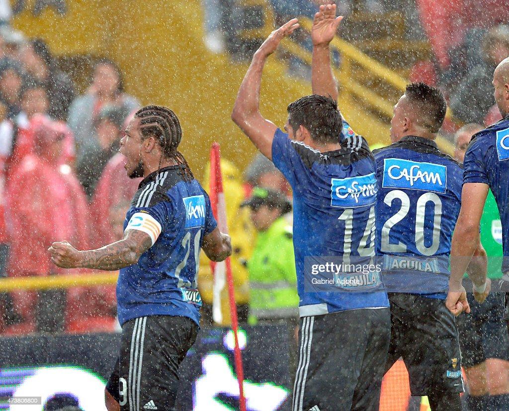 Independiente Santa Fe v Millonarios - Liga Aguila 2015