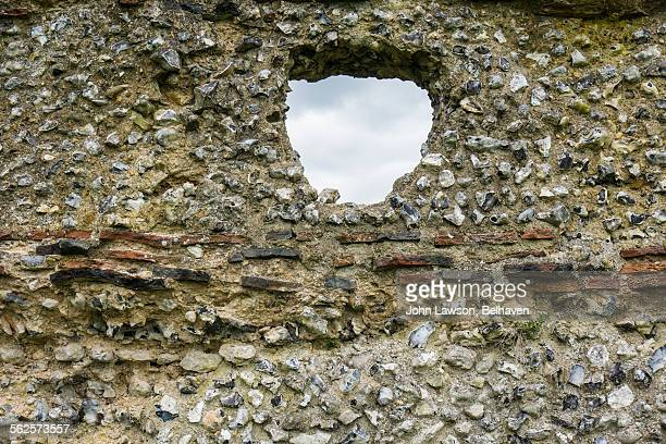 roman wall, verulamium park, st albans - fortified wall stock photos and pictures