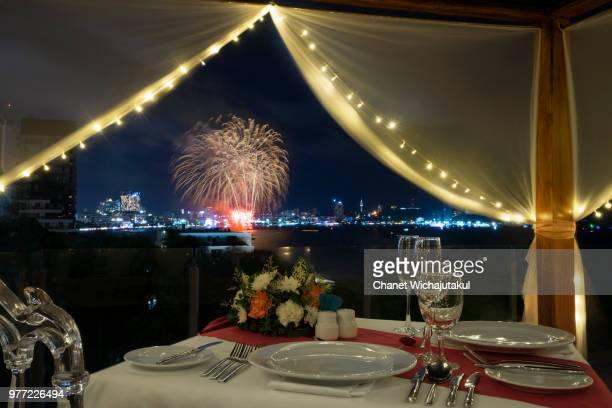 romance dinner set with fireworks