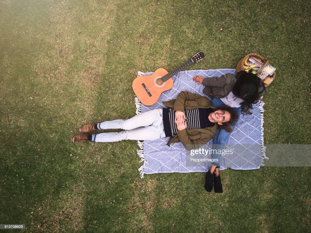 Romance in the park : Stock Photo