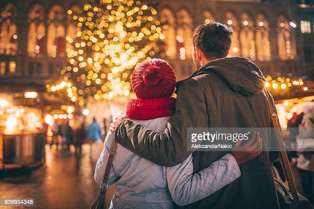 romance on christmas market - vienna austria stock pictures, royalty-free photos & images