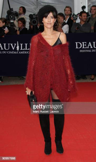 Romane Bohringer poses before the screening of 'The private lifes of Pippa Lee ' directed by Rebecca Miller at the 35th US film festival in Deauville...