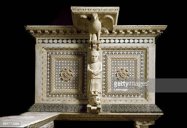 marble pulpit of the Siena Cathedral Florentine school 1209 The lectern is supported by a statuette of the eagle of St John the Evangelist Basilica...