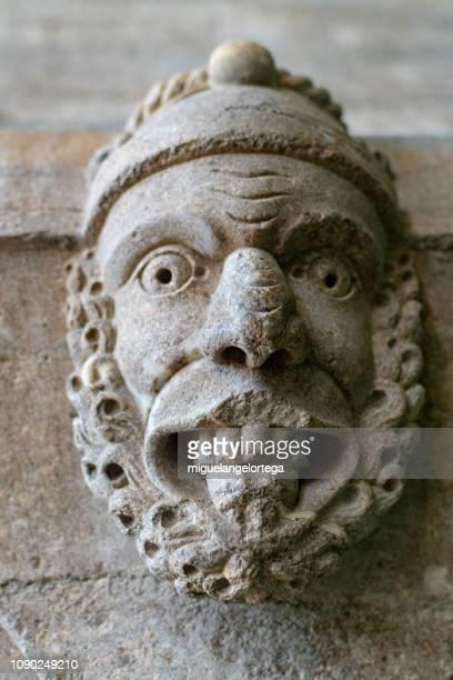 romanesque mask - sintra fotografías e imágenes de stock