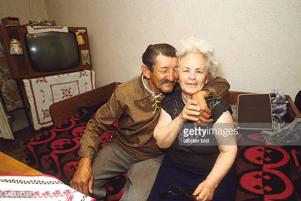 A couple of Romanian pensioners