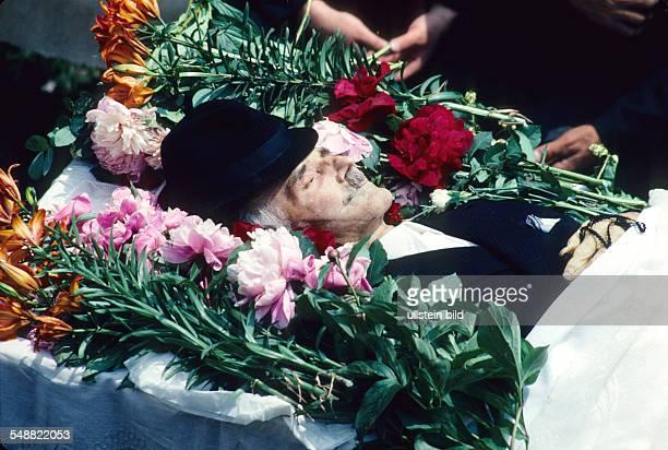 An ortodox burial in Transylvania