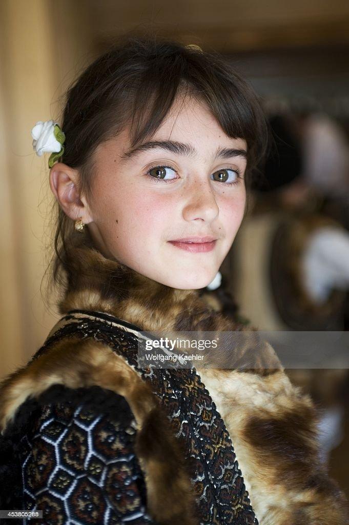 girl in romania - 3