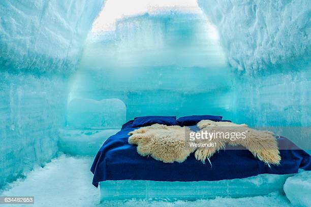 romania, southern carpathians, fagaras mountains, room in ice hotel - romania stock photos and pictures
