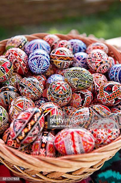 romanian easter eggs - moldavia fotografías e imágenes de stock