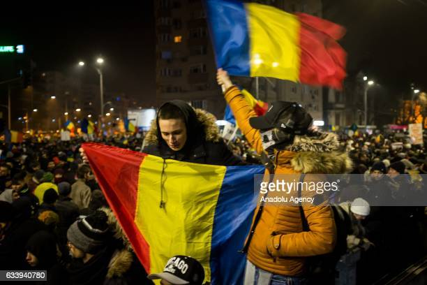 Romanian people gather to protest even though Romanian government has decided to scrap the executive order to pardon prisoners in Bucharest Romania...