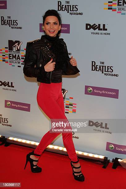 Romanian pop singer Inna arrives at the 2009 MTV Europe Music Awards at the O2 Arena on November 5 2009 in Berlin Germany
