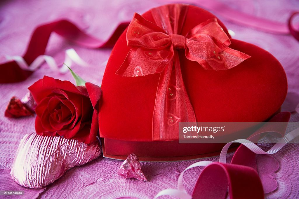 Romantic Box of Valentine's Day Chocolates : Bildbanksbilder