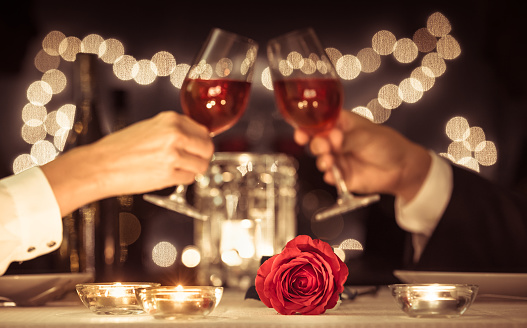 Romantic candlelight dinner 1074671644