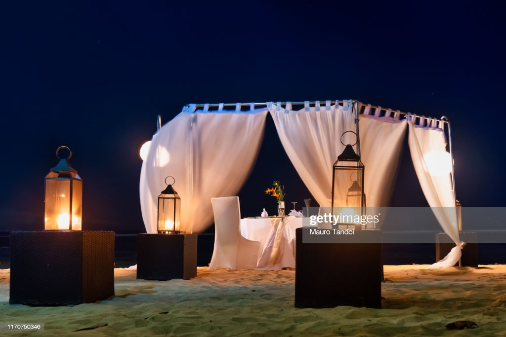 Romantic candlelight table in Bali, Indonesia : Foto stock