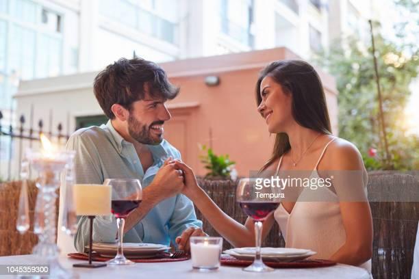 ロマンチックなディナー - ロマン主義 ストックフォトと画像
