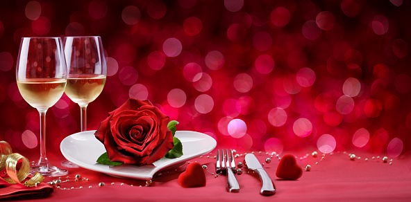 Romantic Dinner - Table Setting For Valentine's Day 1092862654