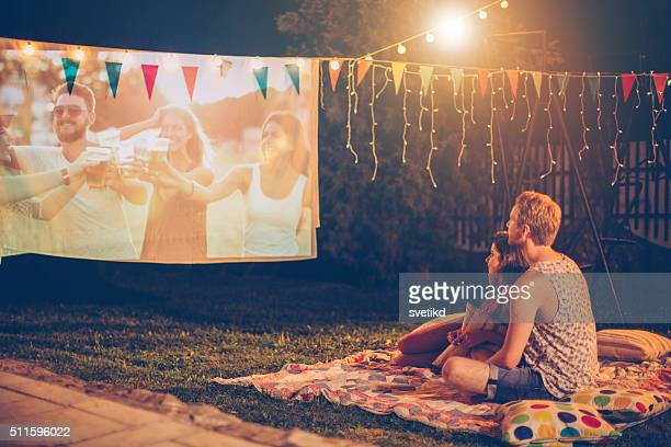 ロマンチックな夜の映画鑑賞