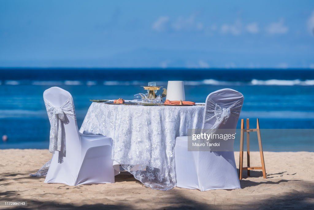Romantic table in Bali, Indonesia : Foto stock