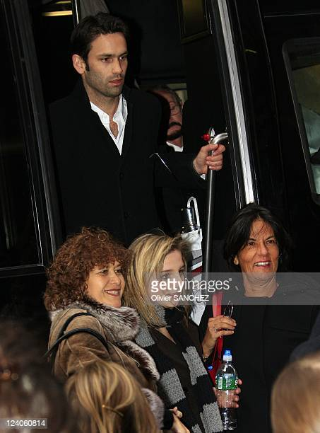 Romantic walk for Cecilia's daughter JeanneMarie Martin and boyfriend Gurvan Rallon in the streets of Broadway In New York United States On March 23...