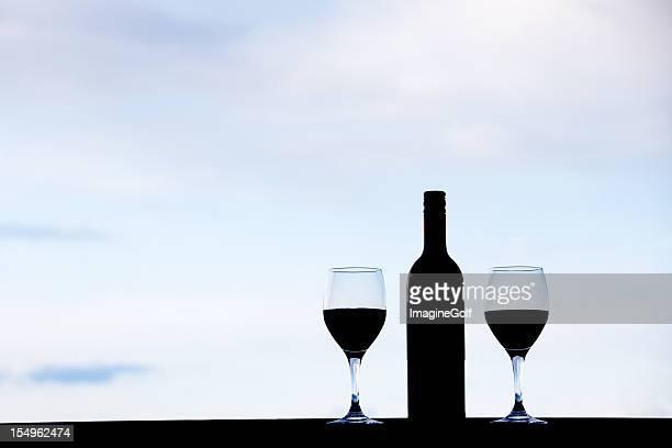 romantic wine glasses silhouette - cabernet sauvignon grape stock pictures, royalty-free photos & images