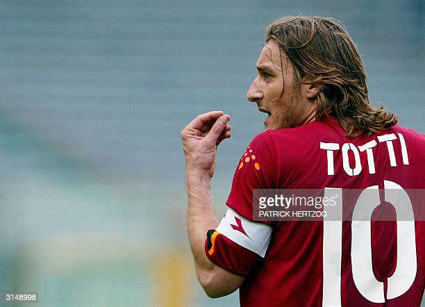 Roma's captain Francesco Totti reacts against Bologna during their Serie A football match at Rome's Olympic stadium 28 March 2004 Roma lost 12 AFP...
