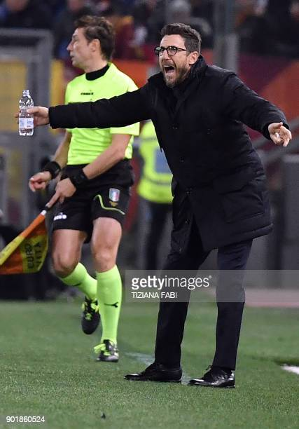Roma's coach Eusebio Di Francesco reacts during the Serie A football match between Roma and Atalanta at Olimpic stadium in Rome on January 6 2018 /...