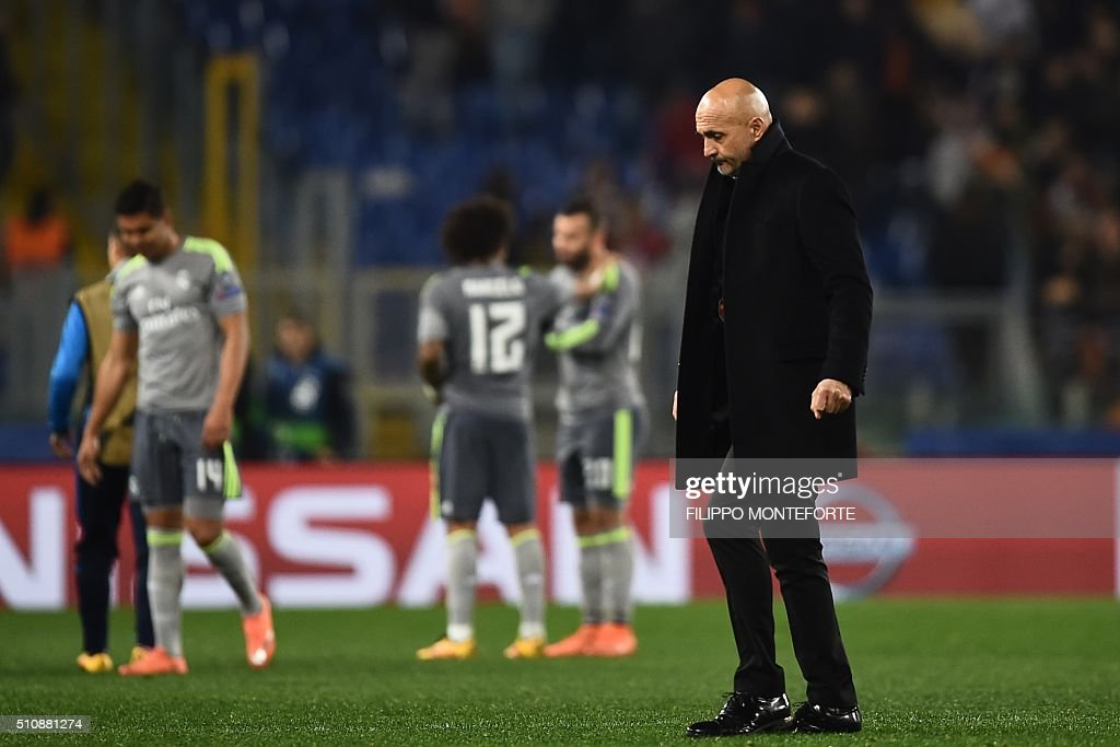 Roma's coach from Italy Luciano Spalletti leaves after the UEFA Champions League football match AS Roma vs Real Madrid on Frebruary 17, 2016 at the Olympic stadium in Rome. Real Madrid won 0- 2.