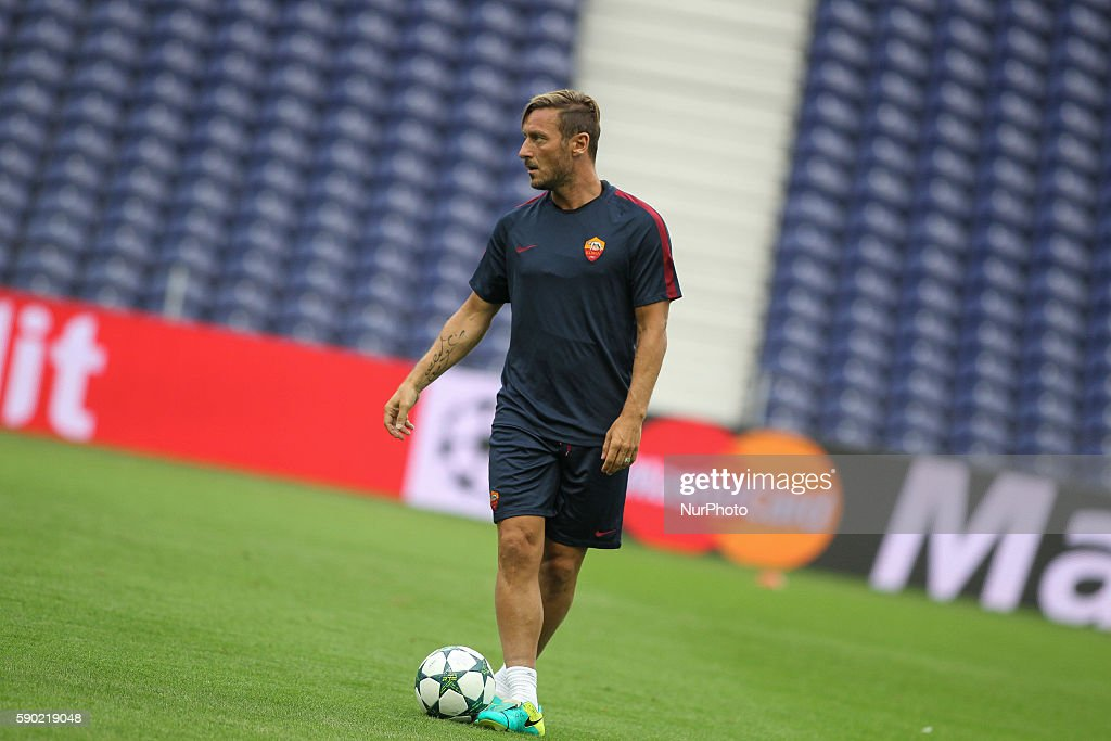 AS Roma Training Session And Press Conference : News Photo
