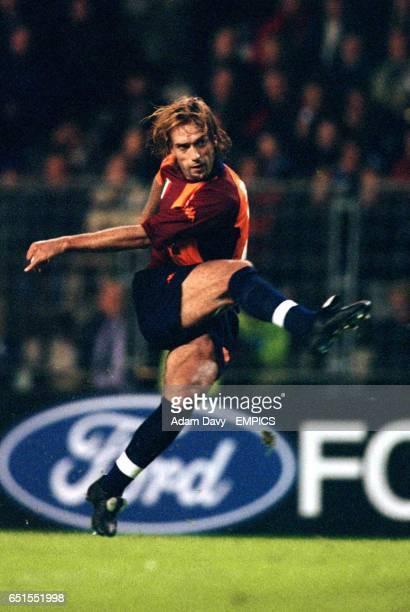 Roma's Gabriel Batistuta shoots for goal