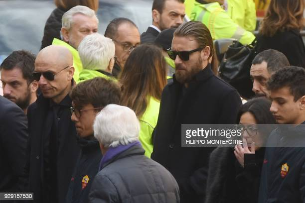 AS Roma's Italian midfielder Daniele De Rossi arrives at the funeral of Fiorentina's captain Davide Astori on March 8 2018 in Florence Italian player...