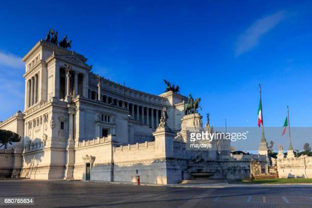 rome, altare della patria - periodo medievale stock pictures, royalty-free photos & images