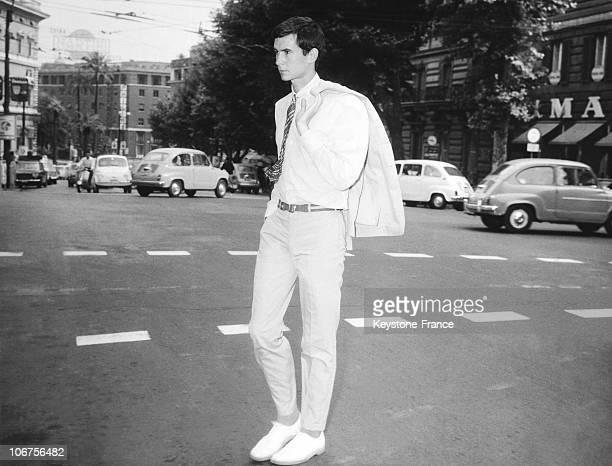 Rome Anthony Perkins In Via Veneto 1962