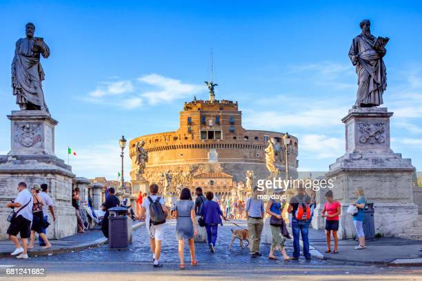 rome, castel sant'angelo - periodo medievale stock pictures, royalty-free photos & images