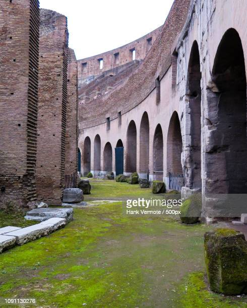 rome coliseum entry - hank vermote stock pictures, royalty-free photos & images