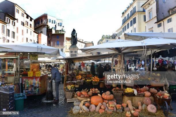 Rome Italy 2/2013 Quartier de la place Campo dei Fiori
