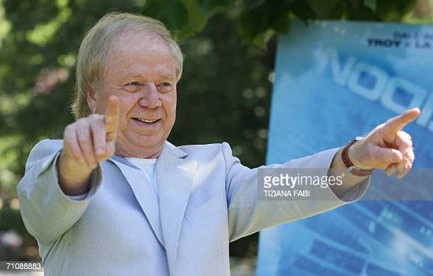 "Film director German Wolfgang Petersen poses during a photocall to present ""Poseidon"" , 31 May 2006 in Rome. AFP PHOTO / TIZIANA FABI"
