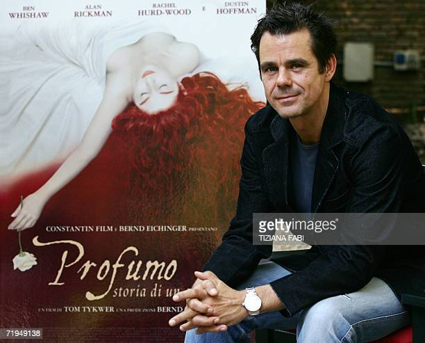 German director Tom Tykwe poses during the photocall of Profumo storia di assassino 20 Septembre 2006 in Rome AFP PHOTO / TIZIANA FABI