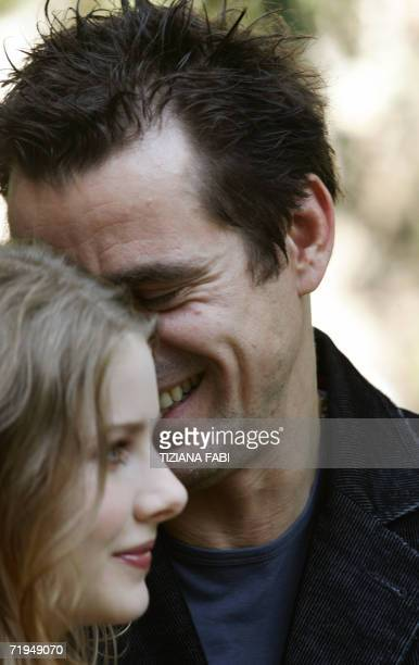 German director Tom Tykwe poses with Actress Rachel HurdWood of Britain during the photocall of Profumo storia di assassino 20 Septembre 2006 in Rome...