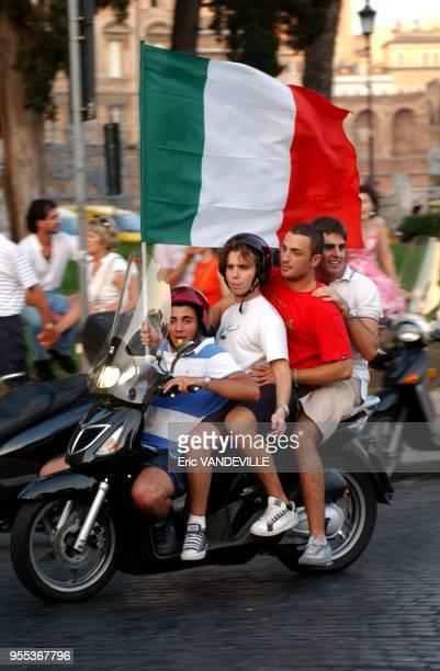 Rome, Italy Place Venise apr?s le triomphe de l'?quipe de football italienne lors de la coupe du monde.
