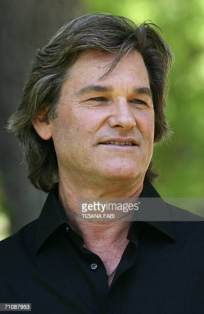 "Actor Kurt Russel poses during a photocall to present ""Poseidon"" directed by German Wolfgang Petersen, 31 May 2006 in Rome. AFP PHOTO / TIZIANA FABI"